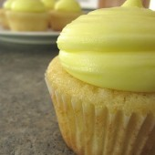 Perfect White Cupcakes with Lemon Frosting