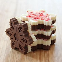 Snowflake Peppermint Bark Memories