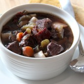Slow Cooker Beef Bourguignon Soup