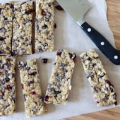 Cranberry Chocolate Chip Granola Bars