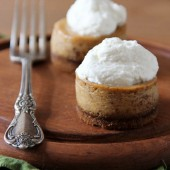 Mini Pumpkin Cheesecakes with Gingersnap Crust - bakedbyrachel.com