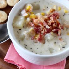 Slow Cooker Corn and Bacon Chowder - bakedbyrachel.com