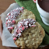 Oatmeal Peppermint Cookies - bakedbyrachel.com