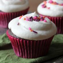 Devil's Food Cupcakes with Vanilla Buttercream Recipe - bakedbyrachel.com
