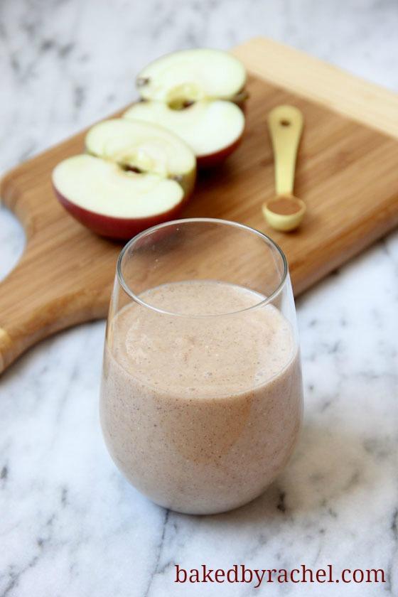 Apple Crisp Smoothie Recipe - bakedbyrachel.com