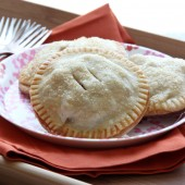 Cinnamon Apple Hand Pies Recipe by bakedbyrachel.com