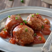 Slow Cooker Mango Meatball Recipe from bakedbyrachel.com