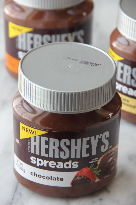 Hershey's Spreads on bakedbyrachel.com #spreadpossibilities