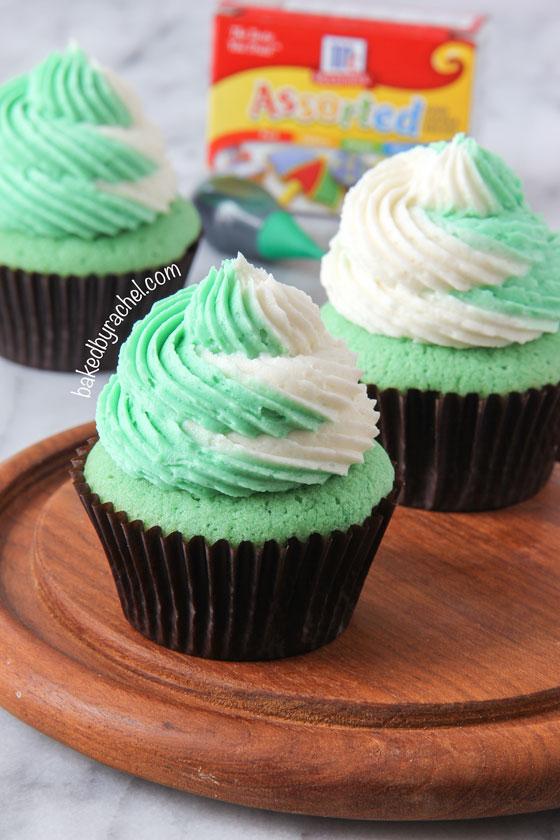 Baked By Rachel 187 Vanilla Cupcakes With Two Tone Vanilla