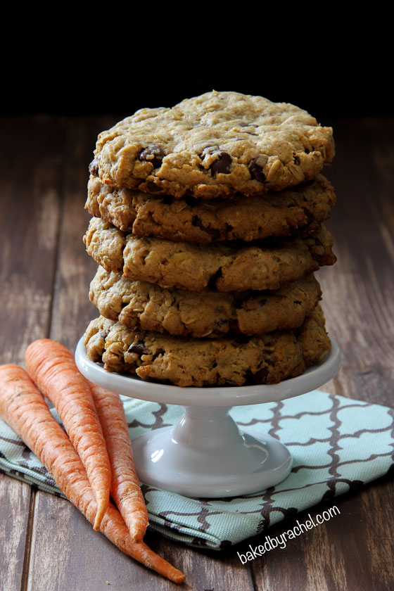 cakey carrot cake cookies! Thick and chewy spiced carrot cake cookies ...