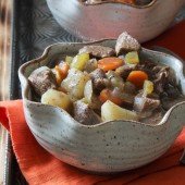 Slow cooker apple cider beef stew recipe from @bakedbyrachel A seasonal twist on a classic dish!