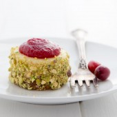 Mini cranberry pistachio cheesecake recipe from @bakedbyrachel A festive two bite holiday dessert!