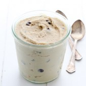 Homemade egg-free chocolate chip cookie dough recipe from @bakedbyrachel