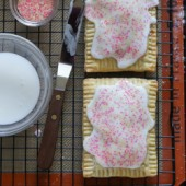 Homemade strawberry pop-tart recipe from @bakedbyrachel