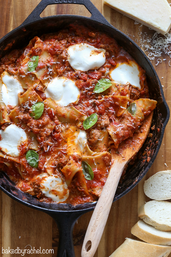 Easy skillet lasagna, ready in just 30 minutes! Recipe from @bakedbyrachel
