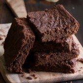 Egg-free fudgy double chocolate pumpkin brownie recipe from @bakedbyrachel