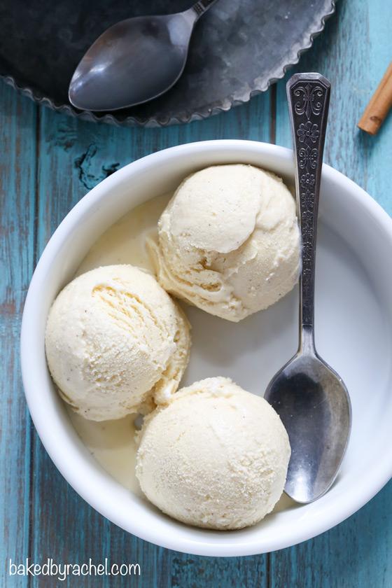 Creamy homemade eggnog ice cream recipe from @bakedbyrachel