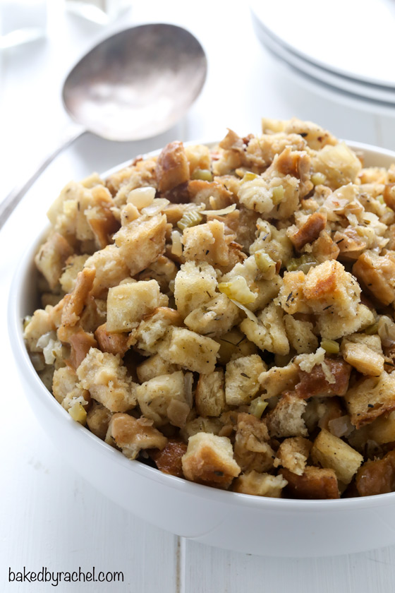 Slow cooker classic bread stuffing recipe from @bakedbyrachel. A great way to save valuable oven space!