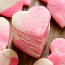 Marbled Valentine sugar cookie recipe from @bakedbyrachel