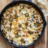 Easy skillet chicken enchilada dip recipe from @bakedbyrachel