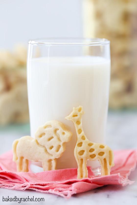 Homemade shortbread animal cracker cookie recipe from @bakedbryachel