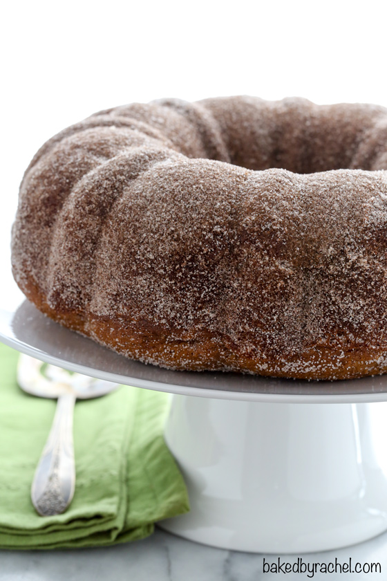 Moist apple cider donut bundt cake recipe from @bakedbyrachel A fun treat for Fall!